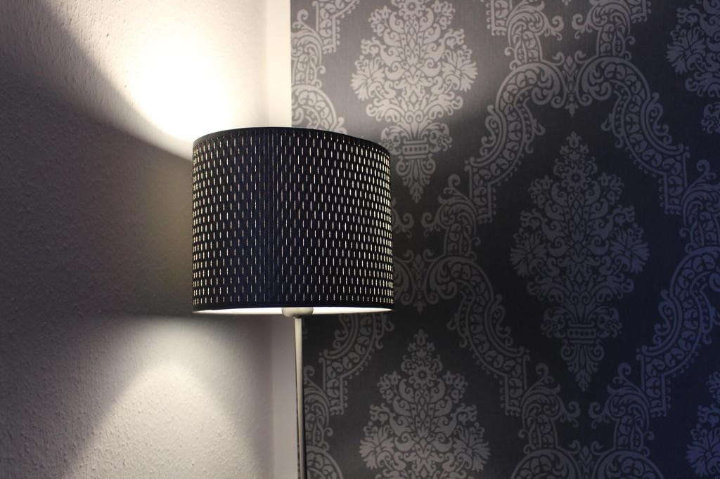 LED Lampe im Lampenschirm